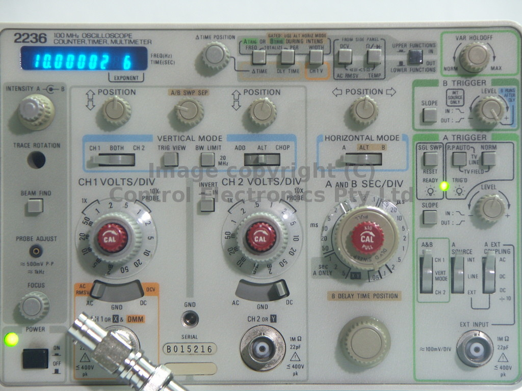 Tektronix 2236 controls