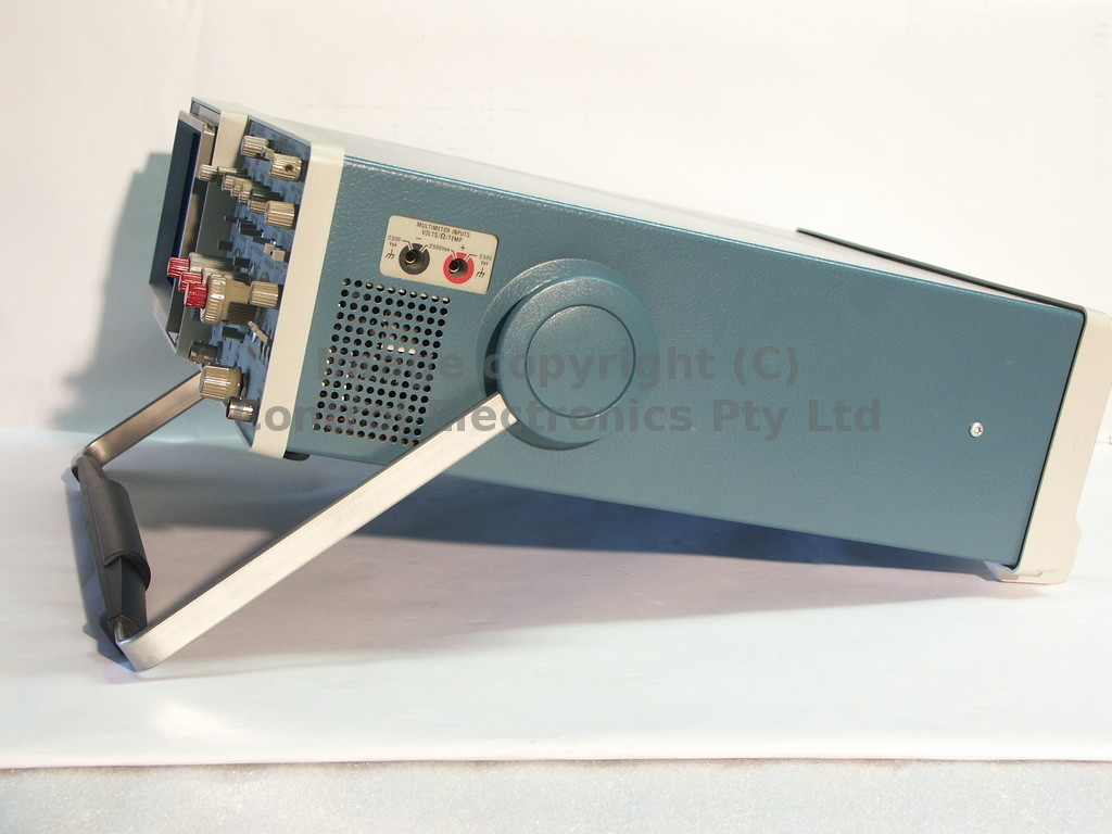 Tektronix 2236 side view